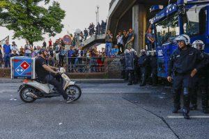 HAMBURG - Protesten en veel politie in Hamburg in aanloop naar de G20 Top. COPYRIGHT NIELS WENSTEDT